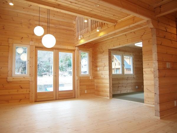 ログハウス 木の家