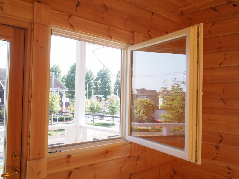 ホンカ 窓掃除 (2)