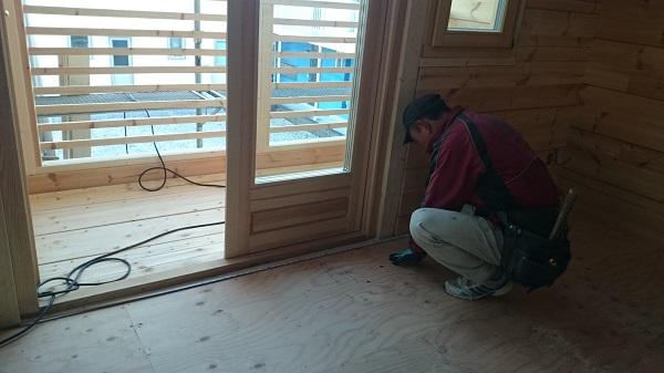 O様邸 木工事 床貼り