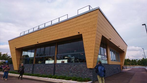ホンカ 海辺のログハウスレストラン (2)