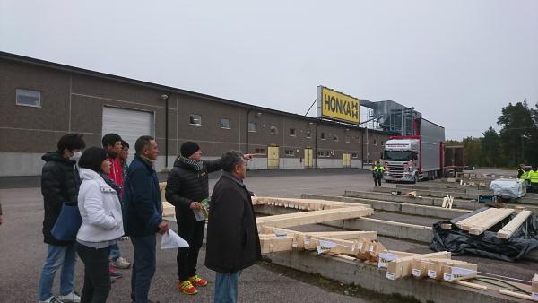 ホンカ ログハウス工場 (1)