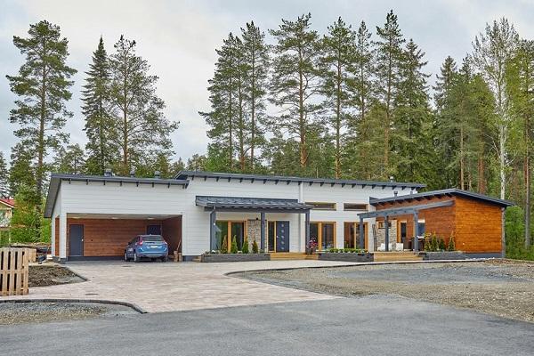 HONKA フィンランド KaisaMäkäräinen (1)