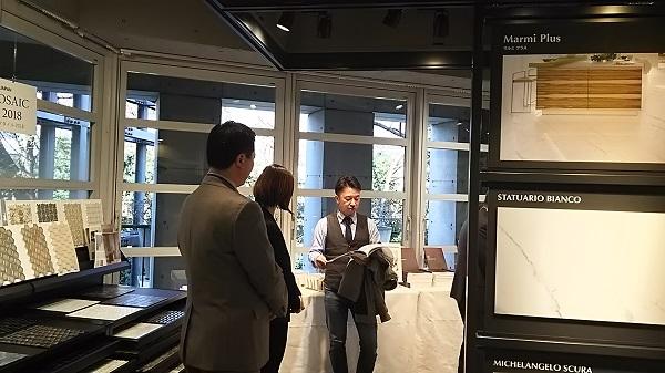キッチン 天板 東京ショールーム ログハウス