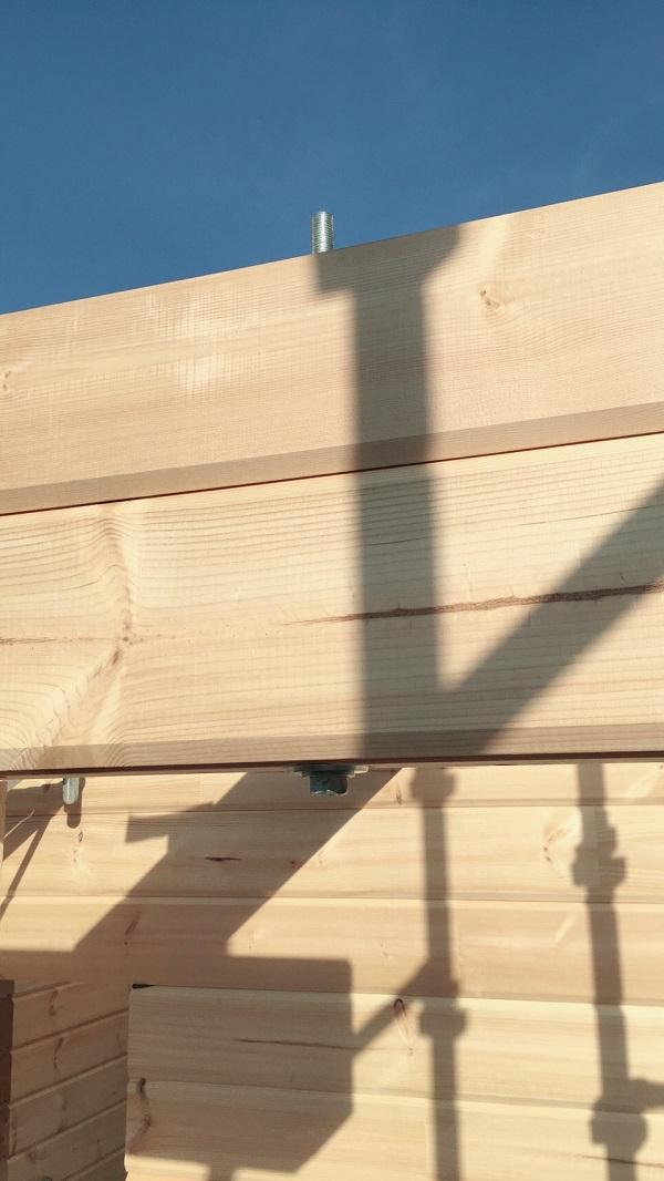 ログハウス建て方工事1