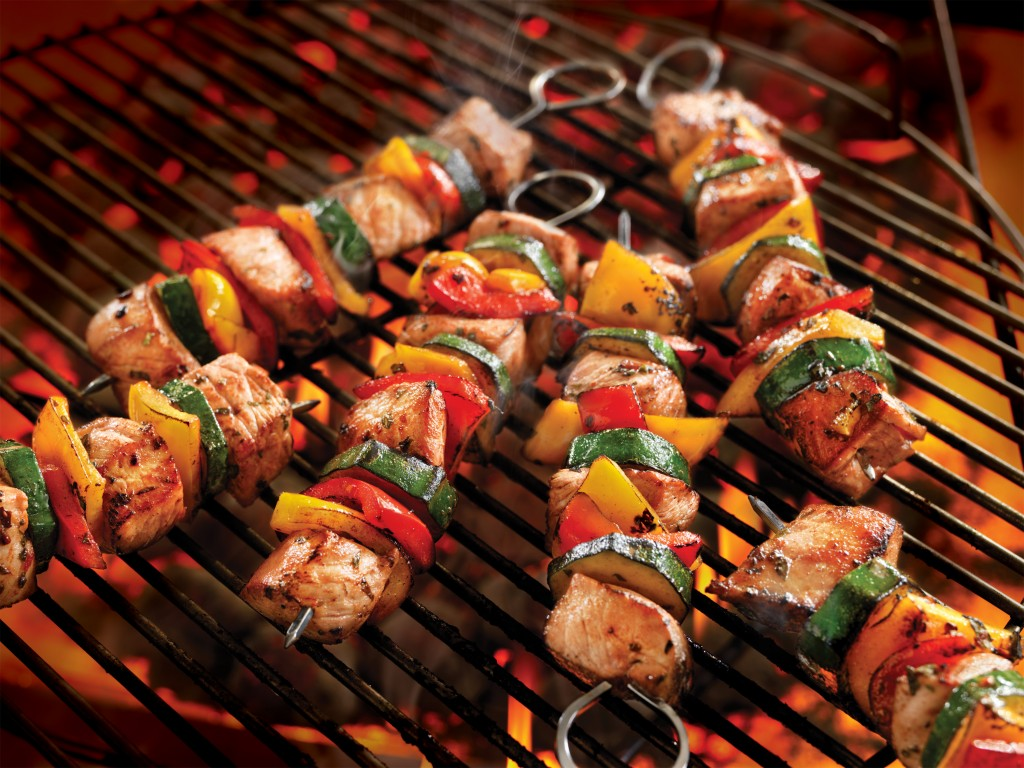 Italian_Pork_Kabobs_with_Summer_Vegetables_HR[1]
