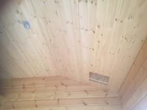2階寝室天井は、高い部分で3,4mあり広々しています。
