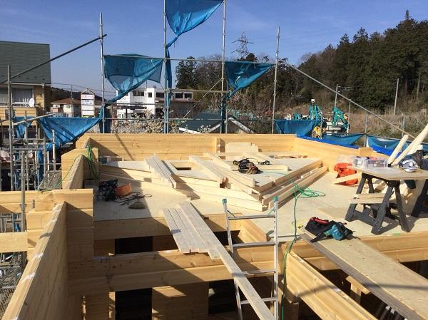 ログハウス建て方工事 妻壁加工組立1