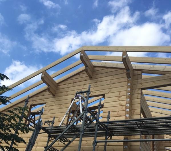 屋根垂木工事 ログハウス キグミ