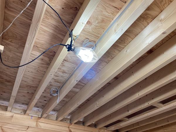 ホンカ 天井材 垂木